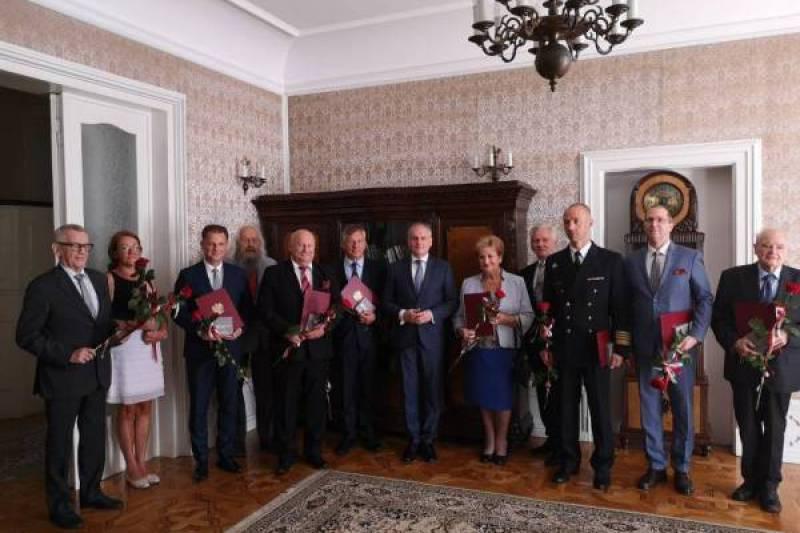 Wyróżnienia Medalem 100-lecia Odzyskania Niepodległości